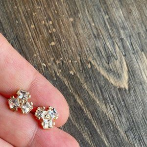 GOLD DIAMOND CLUSTER STUD EARRINGS SET
